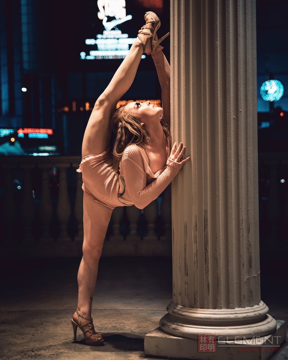 Contortionist, contortion, contortion training, contortion pictures, contortionism, gymnastics training, rhythmic gymnastics, home stretching, back flexibility, how to get flexible, upper back stretches, contortion lessons, back stretches, personal training, flexibility goals, bodysuits, body suits, leotards, contortion pictures, circus training, Las Vegas contortion, splits, Caesars Palace, las Vegas strip, travel Las Vegas,